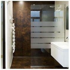 Le graphisme sobre de ce sticker, lui permet de s'adapter à tous les styles de salle de bain.