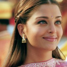 mooie vrouwen uit india - Google zoeken