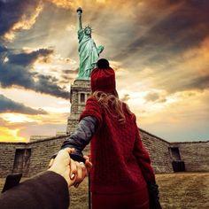 De la mano hasta el fin del mundo (The Statue of Liberty)