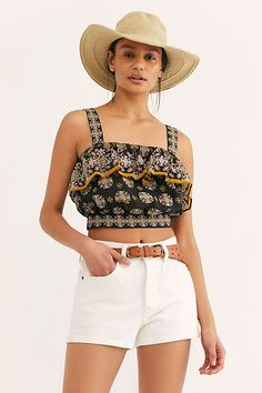 Salsa In The Moonlight Tank - Cropped Black Ruffle Patterned Tank Top - Cropped Ruffle Tank Top - Printed Crop Top - Boho Crop Tops - Festival Outfits - Festival Crop Tops Festival Crop Tops, Girls Tunics, Free People Store, Festival Outfits, Festival Clothing, Black Ruffle, Lace Tops, Spring Summer Fashion, Rosario