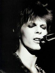 vezzipuss.tumblr.com — David Bowie, Circa 72