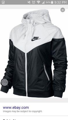 Nike WindRunner Women s Jacket Windbreaker Hoodie Black White in Clothing 0e3e22e7d