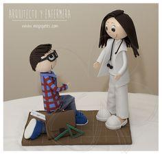 Fofucha enfermera y arquitecto #regaloboda #regalooriginal www.mispupetes.com