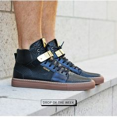 Axel Arigato high top sneakers with details in gold