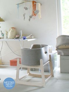 Nesta's Nest – zu Besuch bei Heidi in Lanke Nursery Furniture, Nursery Room, Kids Furniture, Girl Nursery, Baby Room, Baby Baskets, Baskets On Wall, Dolls Prams, Homemade Cleaning Products