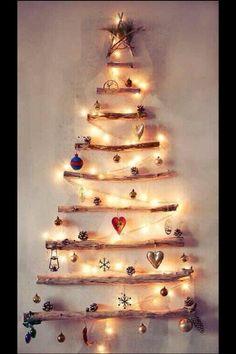 Love this creative idea - creative Christmas tree wall decor Xmas