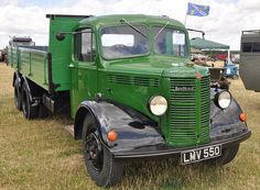 1952 Bedford OLBC 4x2 Platform Truck EHJ 578 - West Oxon Steam & Vintage Show 2015 | by Rob Lovesey Custom Truck Beds, Custom Trucks, Vintage Trucks, Old Trucks, Classic Trucks, Classic Cars, Bedford England, Bedford Truck, Old Lorries