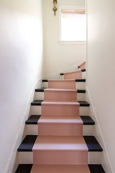 Black And White Stairs, Black Painted Stairs, Painted Stair Risers, Halls, Home Modern, Staircase Makeover, Interior Stairs, Interior Architecture, Staircase Architecture