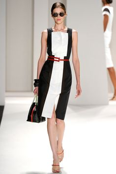 Carolina Herrera Spring 2012 Ready-to-Wear Collection Slideshow on Style.com