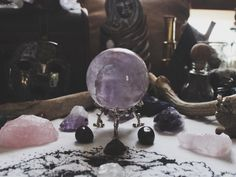 you seem like the type to have a crystal ball. you also remind me of them, all mystical and magical and full of life and mysteries. Wiccan, Witchcraft, Paranormal Experience, Sea Witch, Modern Witch, Decoration Inspiration, Witch Aesthetic, Aesthetic Photo, Mystique