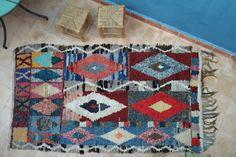 Authentic Moroccan carpet 120x210 cm ref IH14-02