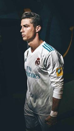 Ideas Sport Look Plays Cristiano Ronaldo 7, Ronaldo Cr7, Cr7 Messi, Lionel Messi, Ronaldo Real Madrid, World Best Football Player, Soccer Players, Cr7 Jr, Portugal National Football Team