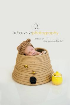 miss lala photography Spring Photos, Newborn Photography, Baby Shoes, In This Moment, Birthday, Beehive, Kids, Photo Ideas, Young Children