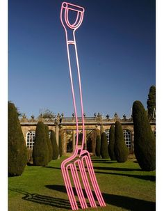 Irish artist Michael Craig-Martin takes over Chatsworth House with Pop Art installations Contemporary Sculpture, Contemporary Art, James Rosenquist, Michael Craig, Still Life Artists, Chatsworth House, Famous Art, Claes Oldenburg, Everyday Objects
