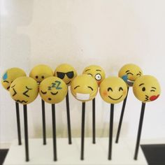 Emojis cake pops 9th Birthday, Birthday Parties, Birthday Cake, Emoji Cake Pops, Cupcake Cookies, Cupcakes, Character Cakes, Novelty Cakes, Food Festival