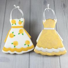 Fancy Cookies, Iced Cookies, Sugar Cookies, Cookie Icing, Royal Icing Cookies, Adult Party Themes, Cold Brew Coffee Maker, Wilton Cakes, Aprons Vintage