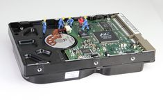 Quick and effective ways to do the for hard drive recovery. Best choices of Hard Drive recovery software on the basis of customer rating. Computer Hard Drive, Der Computer, Hobby Tools, Hobby Kits, Construction Images, Construction Worker, Desktop Computers, Laptop Computers, Refurbished Laptops