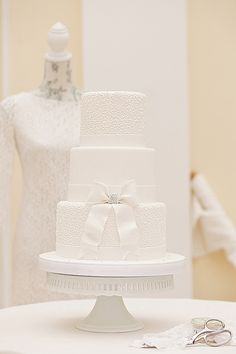 Haute Couture Elegant White Wedding Cake Photo