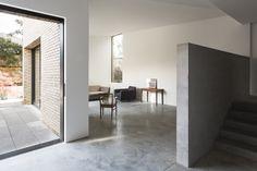 Jamie Fobert Architects. ©Dennis Gilbert/VIEW