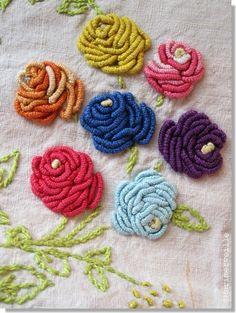 fleurs_brod_es bouillon knots