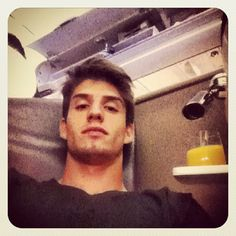 Twitter / Recent images by @LucasPiazon