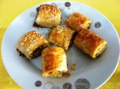 Chicken & Vegetable Sausage Rolls - Serve It With Love Baby Food Recipes, Chicken Recipes, Healthy Recipes, Healthy Food, Lunch Snacks, Savory Snacks, Pasty Pastry, Grilling Recipes, Cooking Recipes