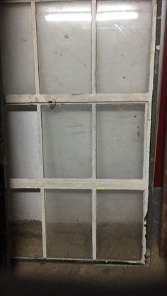 Old Metal window R1900
