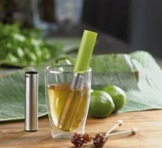Tea stick! take your favorite tea with you, no drips in your purse after brewing!