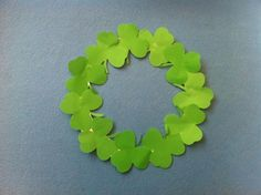 St. Patrick's Crafts : DIY Easy Saint Patrick's Day Wreath