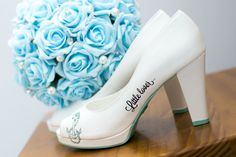Sapato lapupa e buque azul