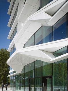 UN Studio Office Tower Netherlands Studios Architecture, Facade Architecture, Amazing Architecture, Contemporary Architecture, Amsterdam Architecture, Building Exterior, Building Facade, Facade Design, Exterior Design