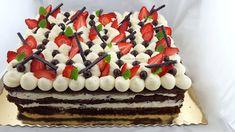 tort stracciatella patrat cu capsuni Birthday Cake, Cream, Desserts, Food, Decor, Deserts, Mascarpone, Fine Dining, Creme Caramel