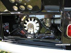 Porsche-T1: VW Bus T1 mit 3,6 Liter Porsche 993 Turbo Motor