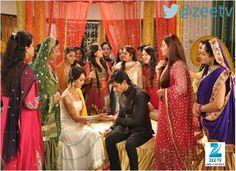 Qubool Hai Serial Asad and Zoya Mehendi Ceremony Pics,Photos Wallpapers Download- Qubool Hai Serial Zee TV,Asad Zoya,Photos, Wallpapers,TV Channels Online,zoya and asad scenes