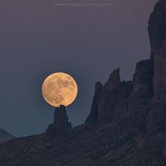 Super moon over the Superstition Mountains near Phoenix,AZ