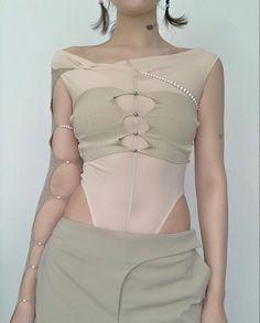 90s Fashion, Runway Fashion, High Fashion, Fashion 2020, Fashion Outfits, Womens Fashion, Zeina, Mode Streetwear, Mode Inspiration