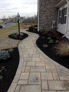 Adorable 120 Low Maintenance Front Yard Landscaping Ideas https://homstuff.com/2018/05/03/120-low-maintenance-front-yard-landscaping-ideas/