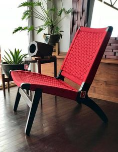 You don't even know how comfortable these lounge chairs are. This one is burnt teak and sexy red. Custom Furniture, Cool Furniture, Furniture Design, Automotive Furniture, Automotive Decor, Handmade Furniture, Vintage Furniture, Budget Home Decorating, Diy Decorating