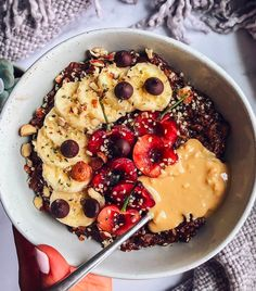 Ever have that feeling? You are hungry but just not sure what you want or you need fresh ideas? Try this on for size!   Cherry Double Chocolate Overnight Oats  Soak overnight: - 1/2 cup gluten free oats - 1 tbsp chia seeds - 2 tbsp cacao powder 🍫 - 1 tbsp honey 🍯 - 1 cup nut milk 🥛 - Pinch is sea salt .  Heat it up or eat it cold in the morning. . Toppings: . Banana 🍌 + 🍒 cherries + peanut butter + hazelnut + hemp seeds  Thank @shuangys_kitchensink for this masterpiece… Chocolate Overnight Oats, Overnight Oatmeal, Peanut Butter Breakfast, Cashew Butter, Gluten Free Oats, Friday Jr, Chia Seeds, Hemp Seeds, Recipe Using