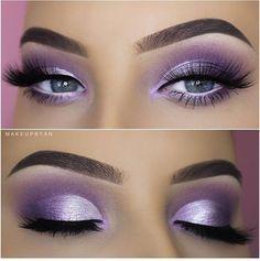 20 Purple Smokey Eye Makeup Ideas & Hacks Purple Smokey Eye Easy Ombre Sparkly Glitter Look Soft Arch Brows 500500 Smoke Eye Makeup, Purple Eye Makeup, Eyeshadow Makeup, Purple Eyeshadow Looks, Purple Makeup Looks, Eyeshadow Blue Eyes, Purple Wedding Makeup, Navy Blue Makeup, Sparkly Eye Makeup