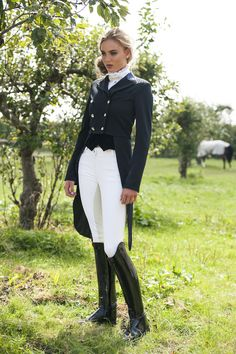 The most important role of equestrian clothing is for security Although horses can be trained they can be unforeseeable when provoked. Riders are susceptible while riding and handling horses, espec… Riding Habit, Riding Gear, Horse Riding, Riding Boots, Equestrian Chic, Equestrian Girls, Equestrian Outfits, Equestrian Fashion, Preppy