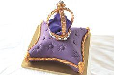 Jubilee crown cake recipe - goodtoknow