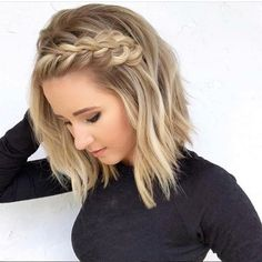 Hairstyles For Women 2020 braids Braids for short hair, Hair lengths, Braided hairstyles Top 15 most Beautiful and Unique womens short hai. Cool Braids, Braids For Short Hair, Amazing Braids, Pretty Braids, Braids For Medium Length Hair, Beautiful Braids, Curly Short, Curly Hair Braids, Short Hair With Braid