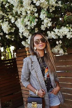 Discover the Finest blazer! Related posts: My Latest Style Inspo: Sincerely Jules Color trends for brown hair: These are the most beautiful looks! Blazer Outfits, Blazer Fashion, Edgy Outfits, Summer Outfits, Fashion Outfits, Blazer Dress, Fashion 2017, Womens Fashion, Dress Outfits