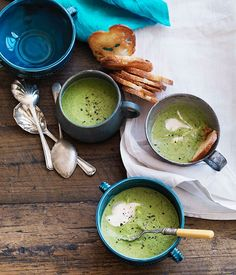 Australian Gourmet Traveller recipe for chilled pea and mint soup with garlic croûtons.