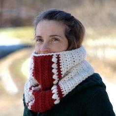 Wandertrail Cowl Crochet Pattern