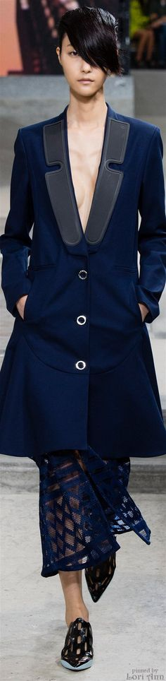 Kenzo Spring The House of Beccaria~ Women's Runway Fashion, Fashion 2015, Fashion Days, Fashion Show, Lady Sings The Blues, Runway 2015, Stylish Coat, Ladies Wear, Marine Blue