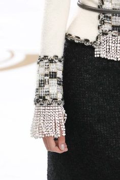 Detail CHANEL Fall-Winter 2014- 2015 Haute Couture