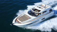 The Prestige yachts 550 S - innovative design means ever inch of this yacht has comfortable gathering or relaxing areas.