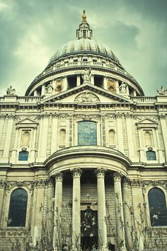 St. Paul's, London [down on my knees] [sur mes genoux] | by Janey Kay